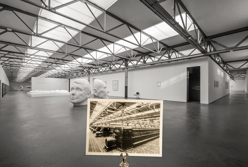 Transitie Drieluik: De Pont Museum DePont Museum Drieluik Transitie Tentoonstelling stadsfotograaf
